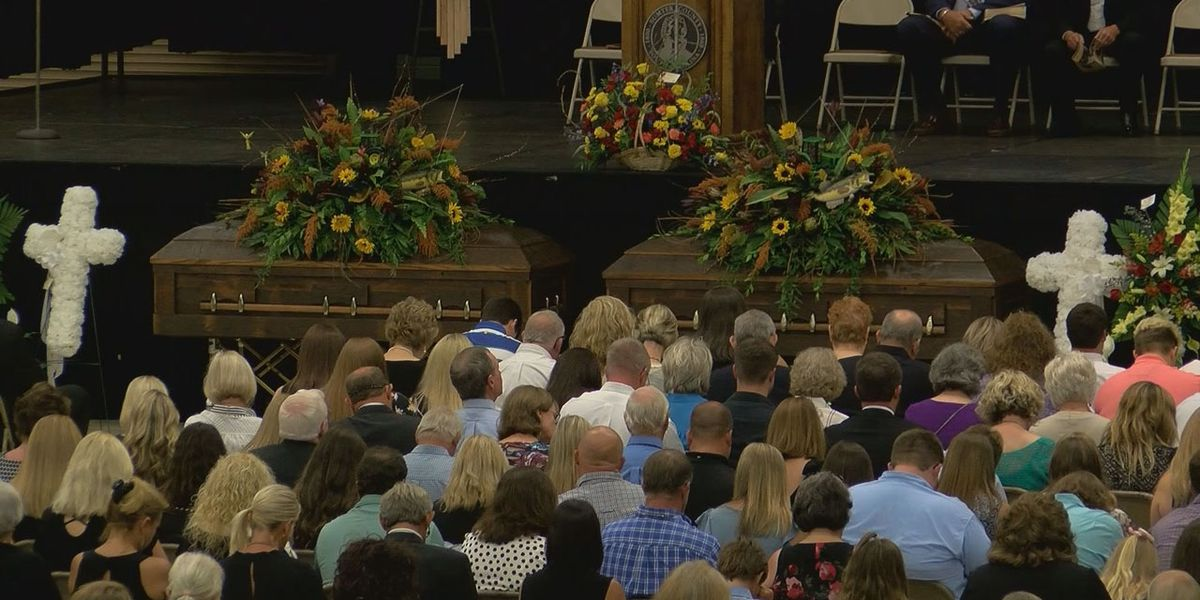 Hundreds attend funeral for 2 Sumter men shot at bingo hall in Horry County