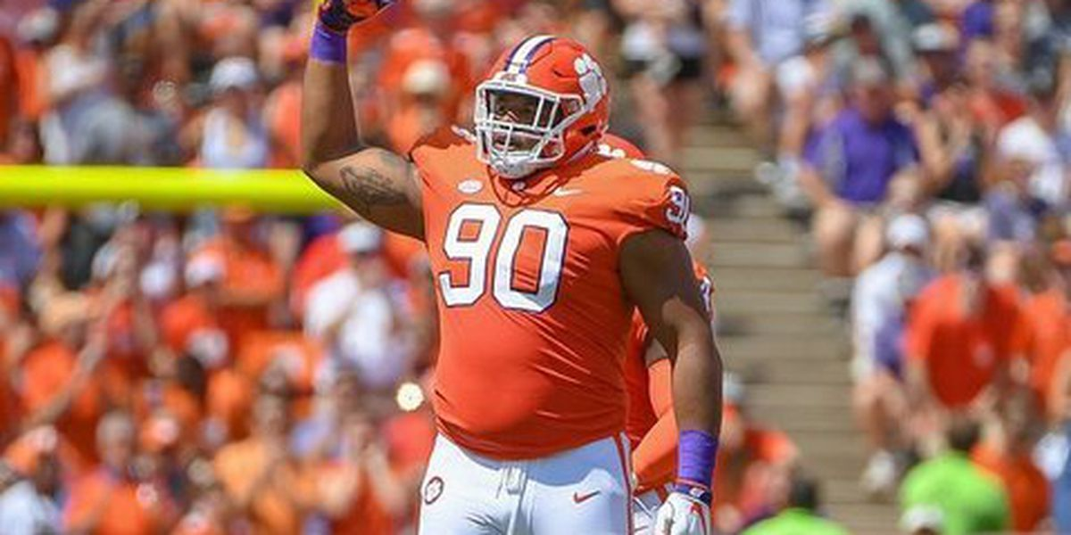Lawrence drafted by Giants, setting Clemson 1st-round pick record