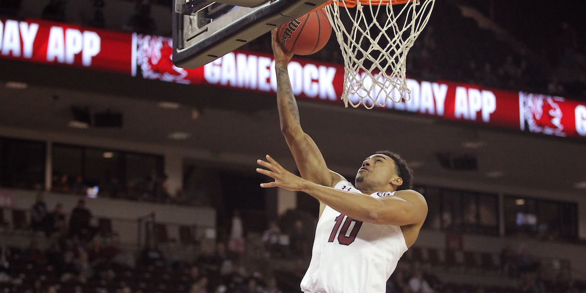 Minaya leads South Carolina to 77-55 win over Lions