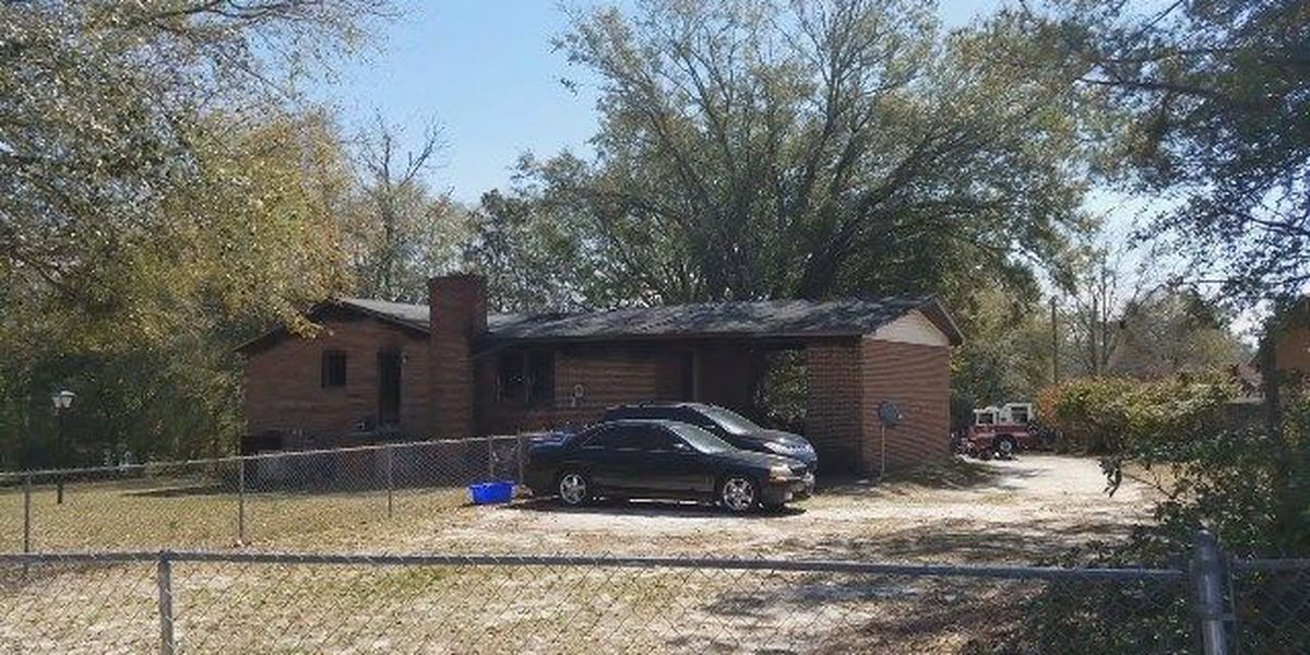 5 displaced following fire at Columbia home