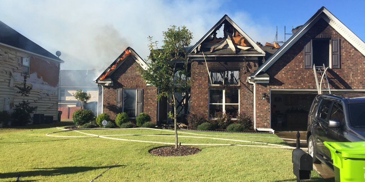 Northeast Columbia fire destroys one home, damages five others