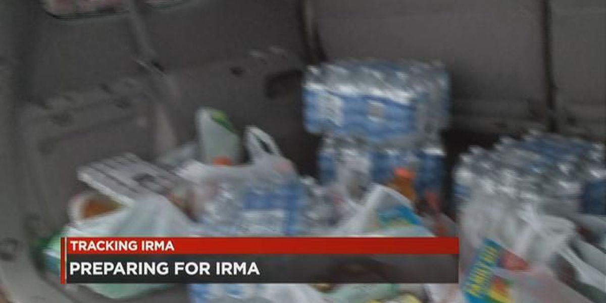 Bread, bottled water going quickly at stores as Irma churns closer to SC