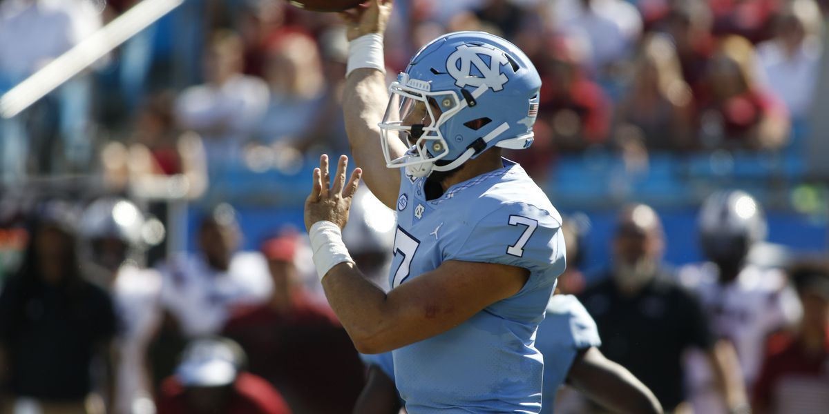 Howell fires pair of 4th-quarter TDs to lead Heels past Gamecocks 24-20