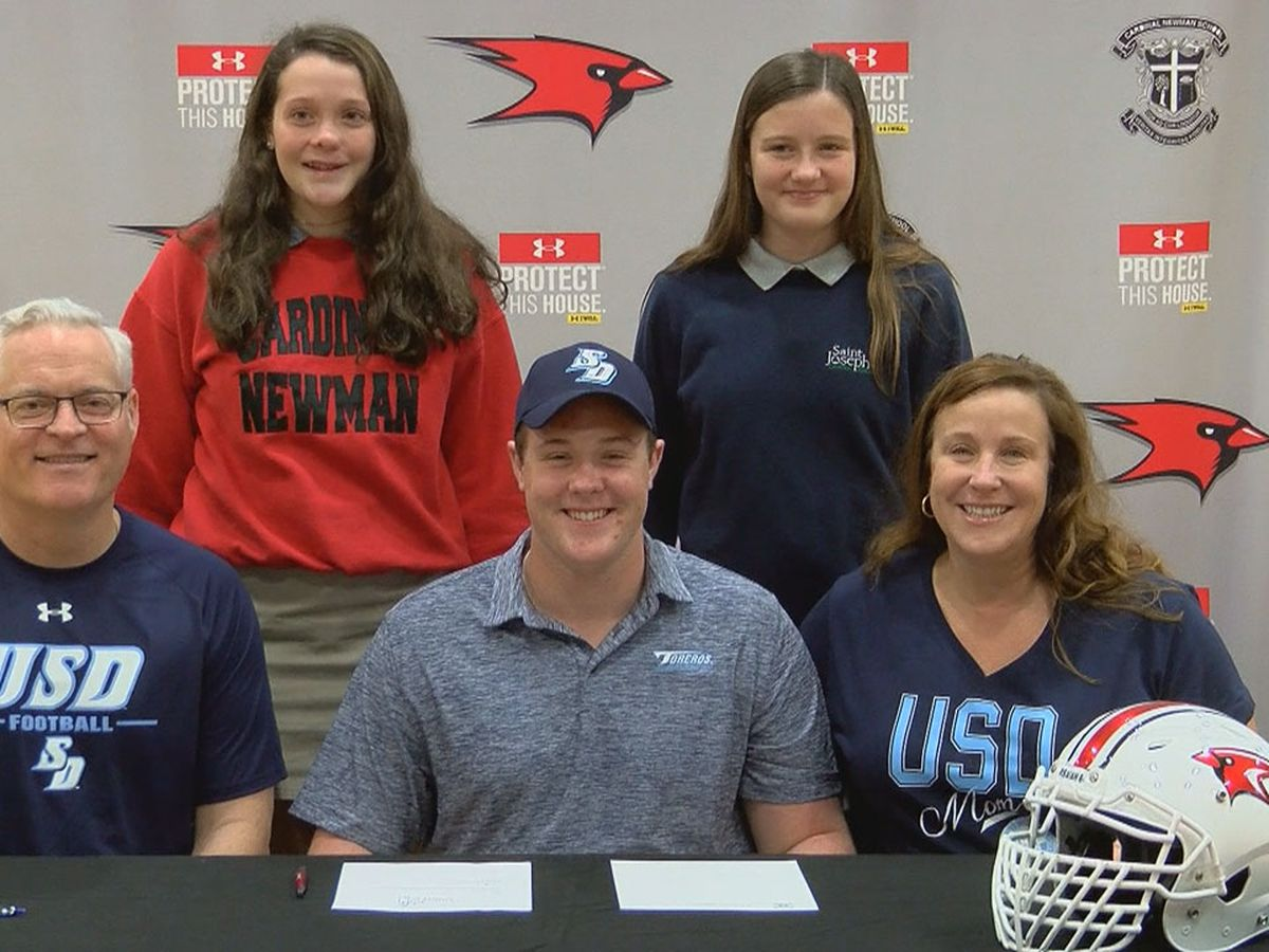 Cardinal Newman offensive lineman signs with University of San Diego