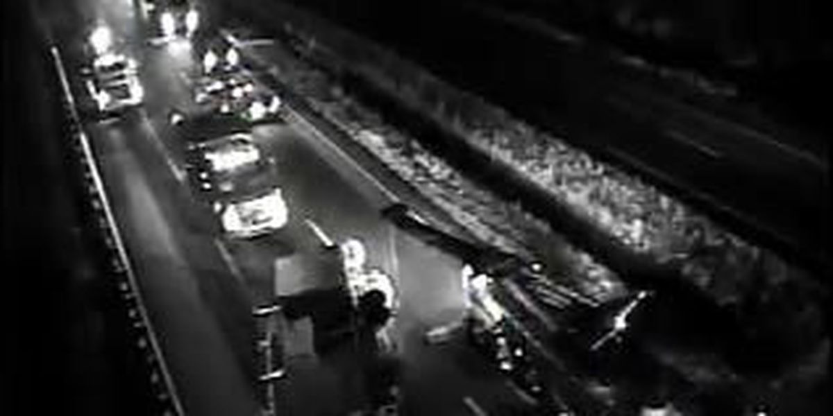 All lanes open after crash on WB I-26 in Calhoun County