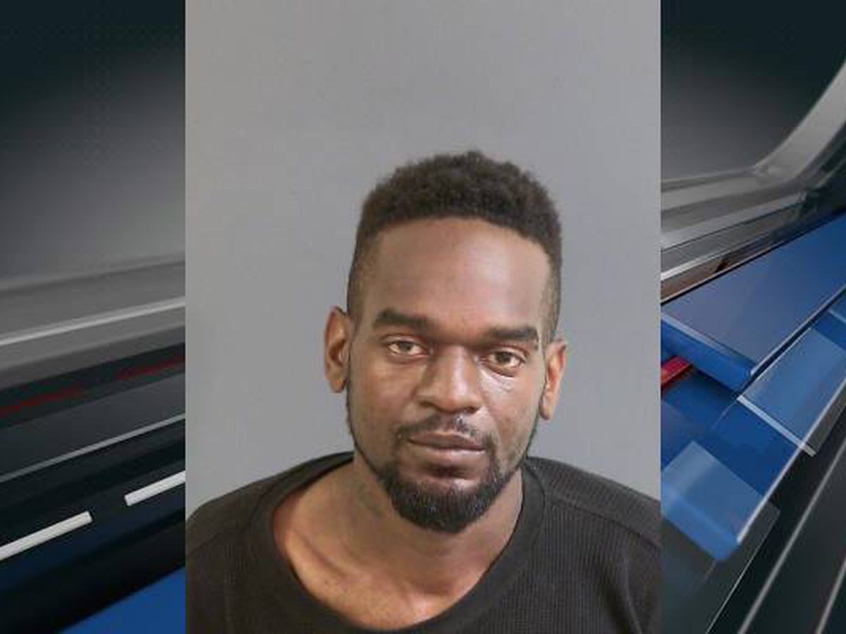 Deputies: Man attempts armed robbery with toy gun