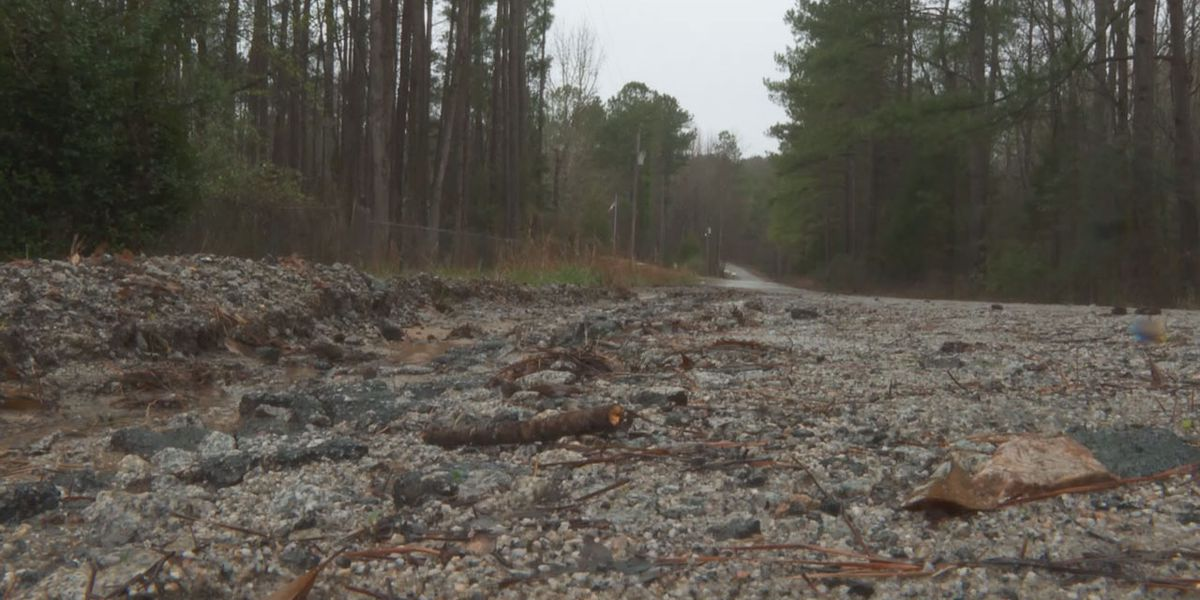 Blythewood residents frustrated over washed-out road