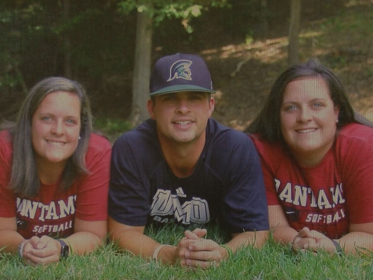 Lincoln Charter grad mourns the loss of twin sister who died in S.C. crash