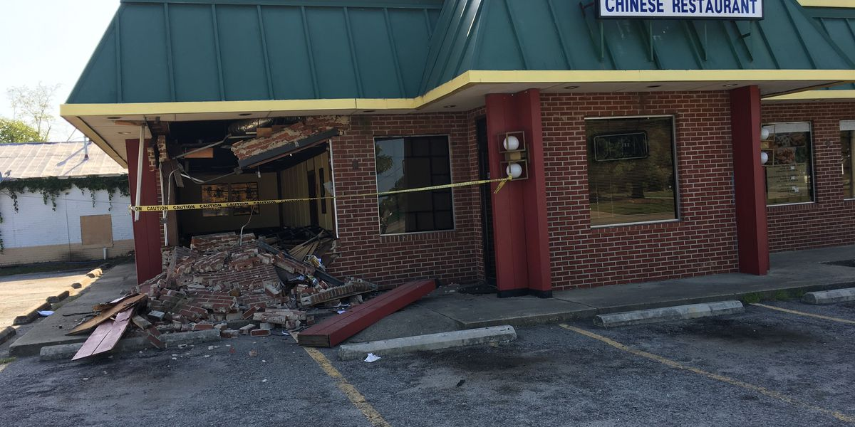 SUV rolls away from owner during repairs, runs into Camden restaurant
