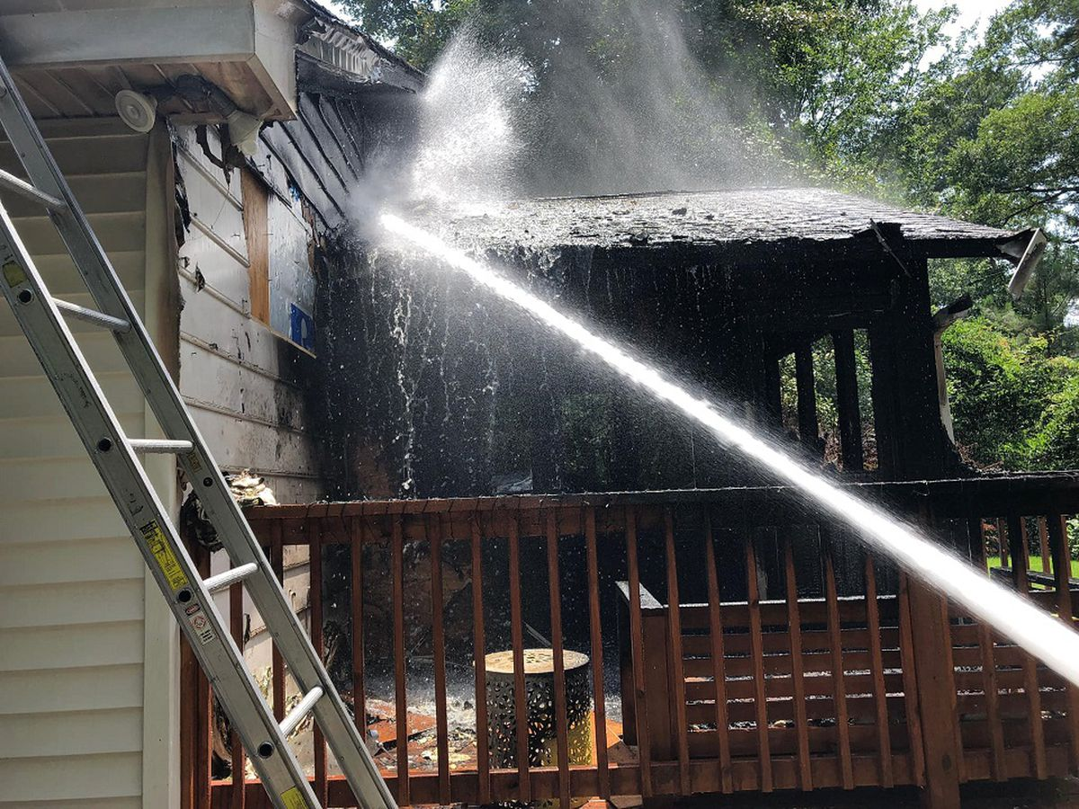 CFD: 4 displaced after fire damages home in Forest Acres