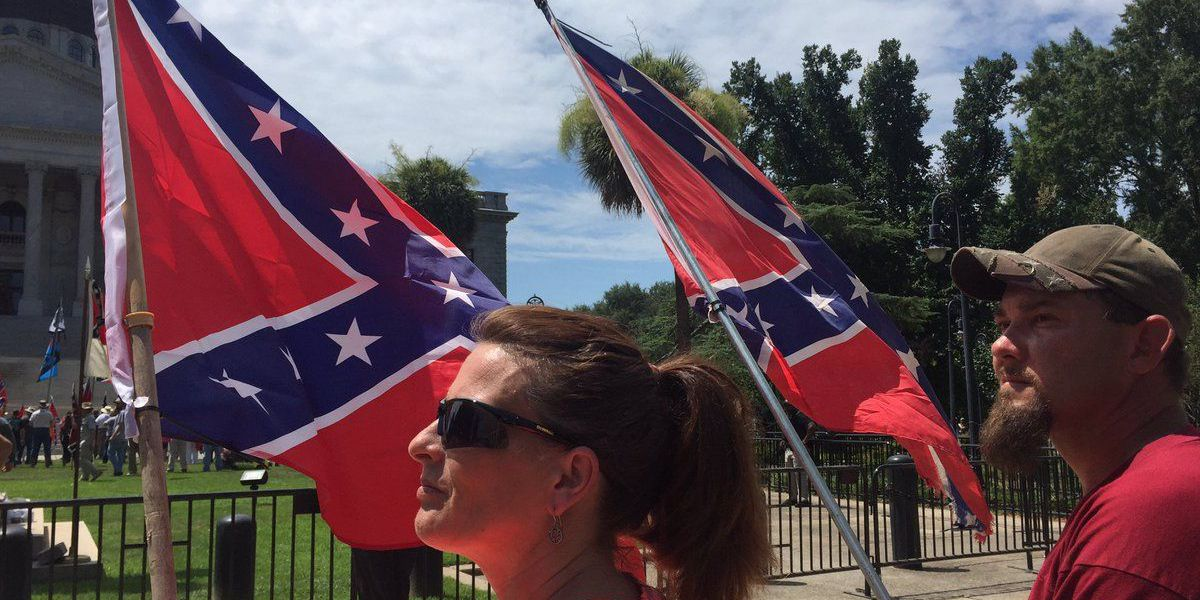 Group flies Confederate flag at South Carolina capitol Monday
