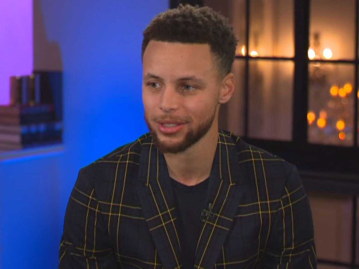 Stephen Curry says he doesn't believe in the moon landing