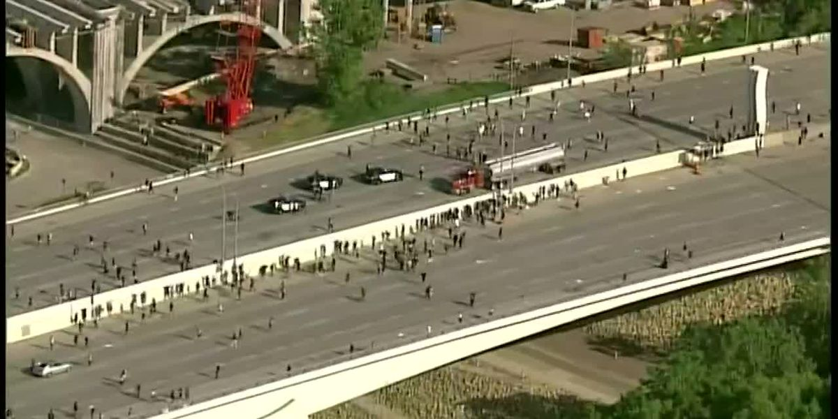 Semi driver in Minn. released after police say he didn't target protesters