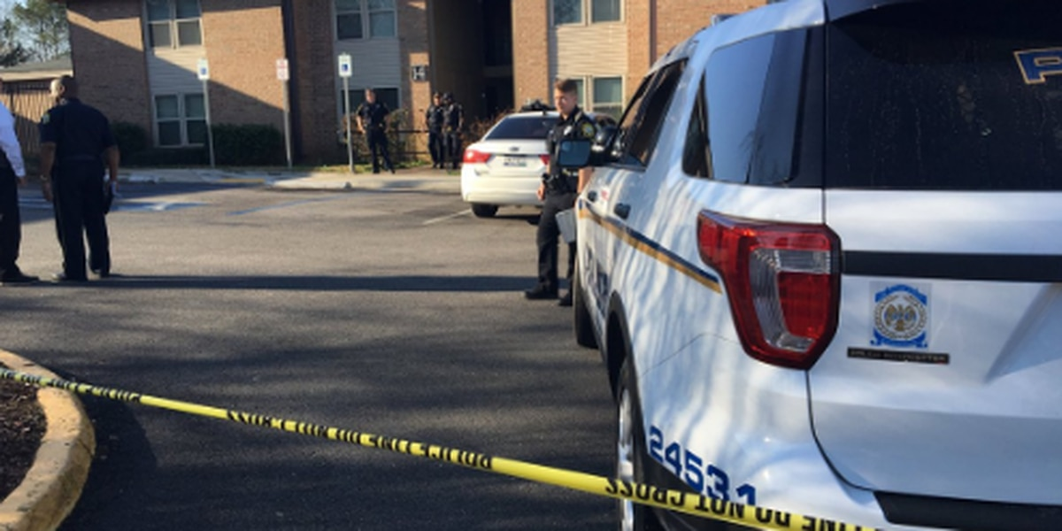 UPDATE: CPD arrests man after shooting roommate, acquaintance in apartment