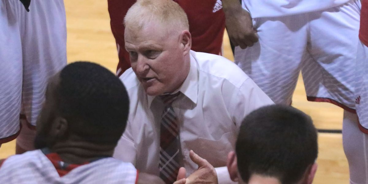 Former Newberry men's hoops coach Davis takes new role at Winthrop