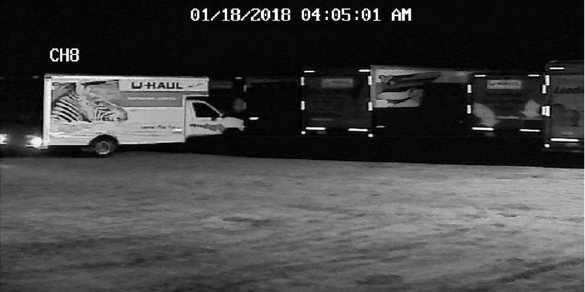 Sumter County Sheriff's office searching for suspects in stolen U