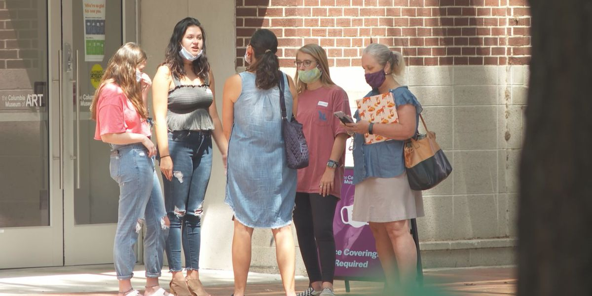 Columbia officials pleasantly surprised after first weekend with mask ordinance, but businesses struggle to bring in customers