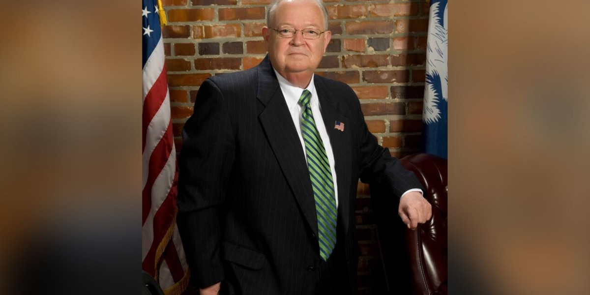 Longtime Georgetown County sheriff dies after brief illness