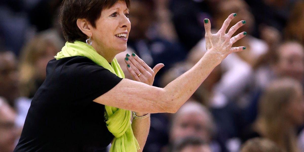 Notre Dame's McGraw: Irish want 'to prove something again'