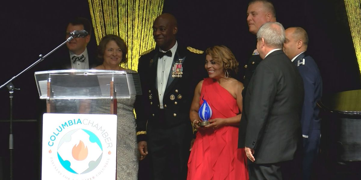 WIS anchor Judi Gatson named 2019 Military Advocate of the Year Columbia Chamber of Commerce gala