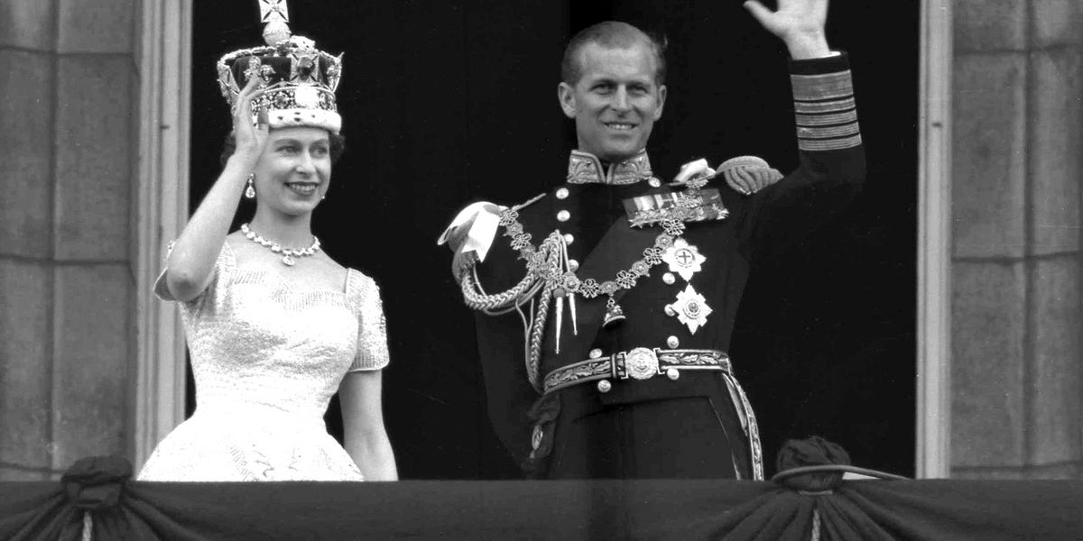 Prince Philip's funeral procession gets ready in Windsor