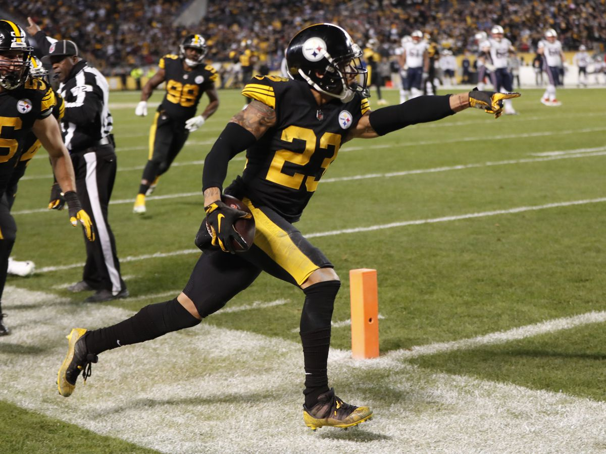 Steelers ride rookie Samuels past Patriots 17-10