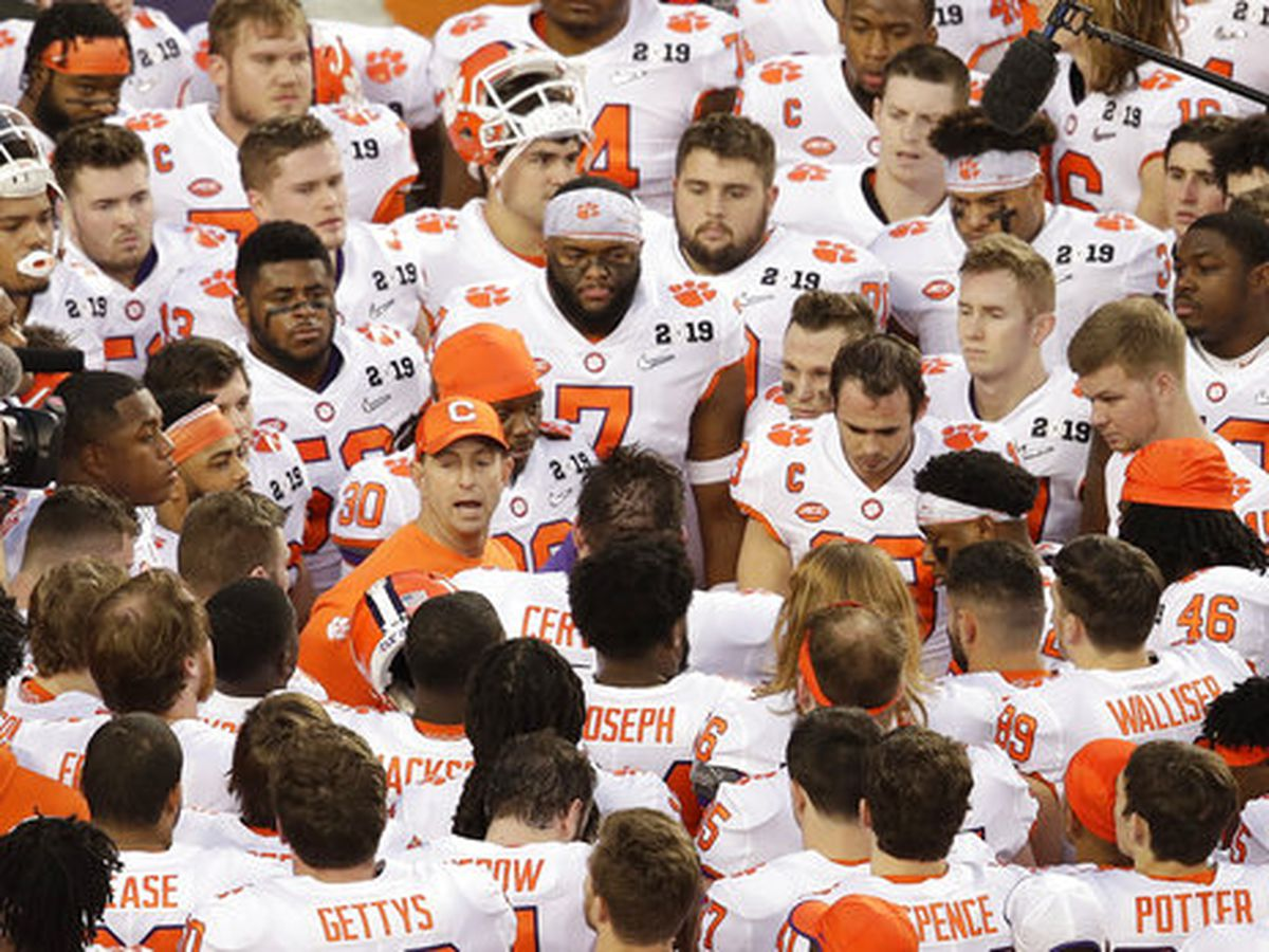 Clemson assistant Pearman apologizes for using racial slur