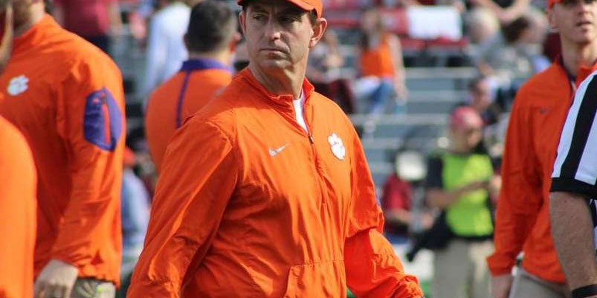 Dabo Swinney adds 5th coach of the year honor to his 2015 resume