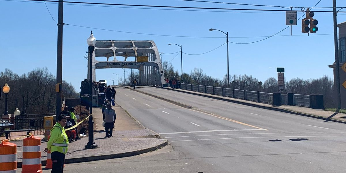 Thousands cross Edmund Pettus Bridge in Selma Bridge Crossing Reenactment