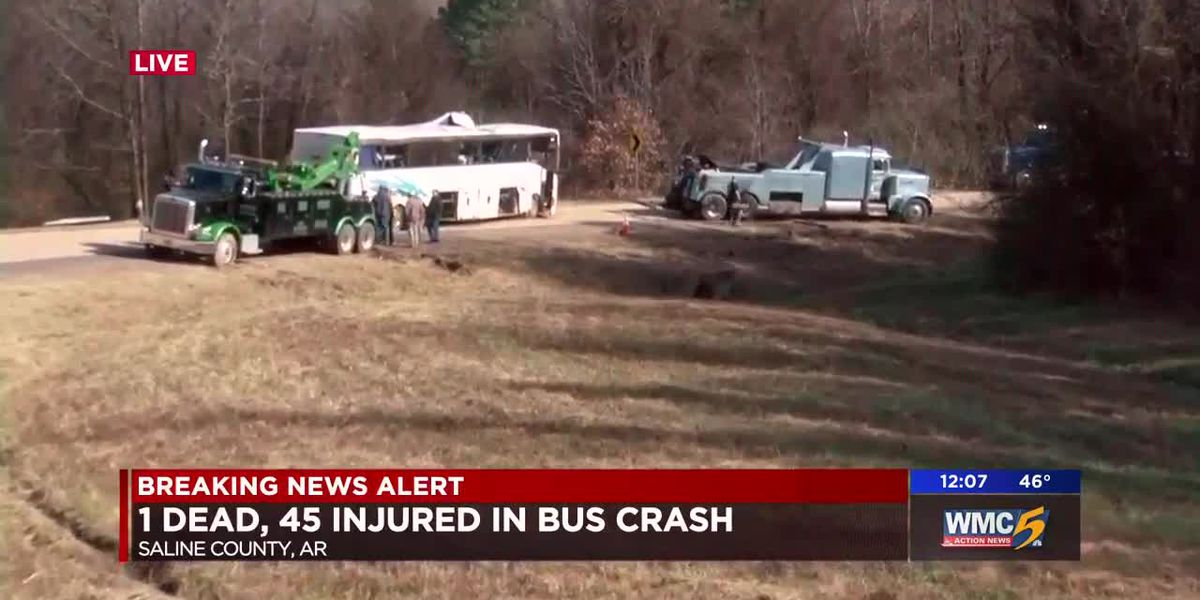 1 child dead, 45 injured in crash with bus carrying Memphis youth football teams