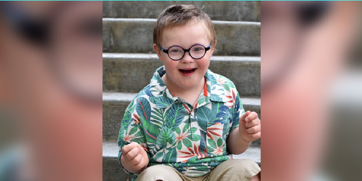 "Nationwide search lands 6-year-old Dylan ""Dyl Pickle"" Morton on the big screen in Times Square"