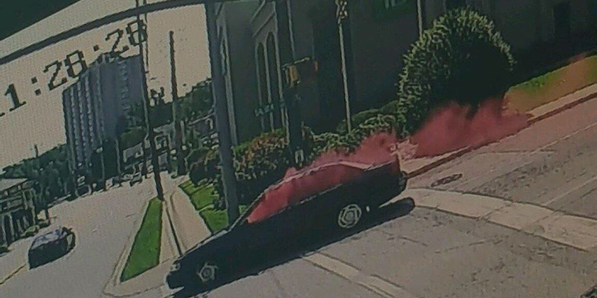 Exploding dye pack creates unforgettable image of bank robbery suspects' escape