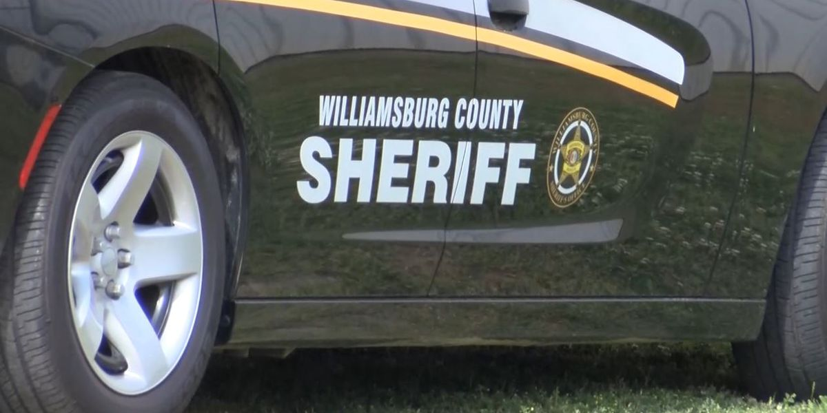 Deputies: 14-year-old arrested in connection with Kingstree bomb threat