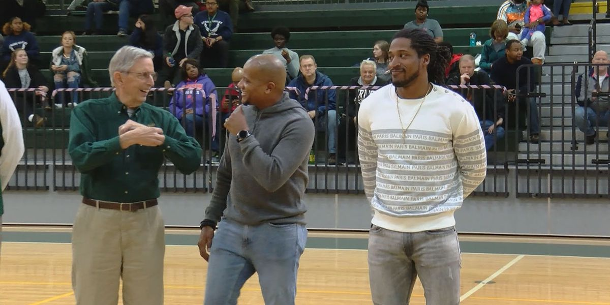 Williams, Roberts inducted into Spring Valley Athletic Hall of Fame