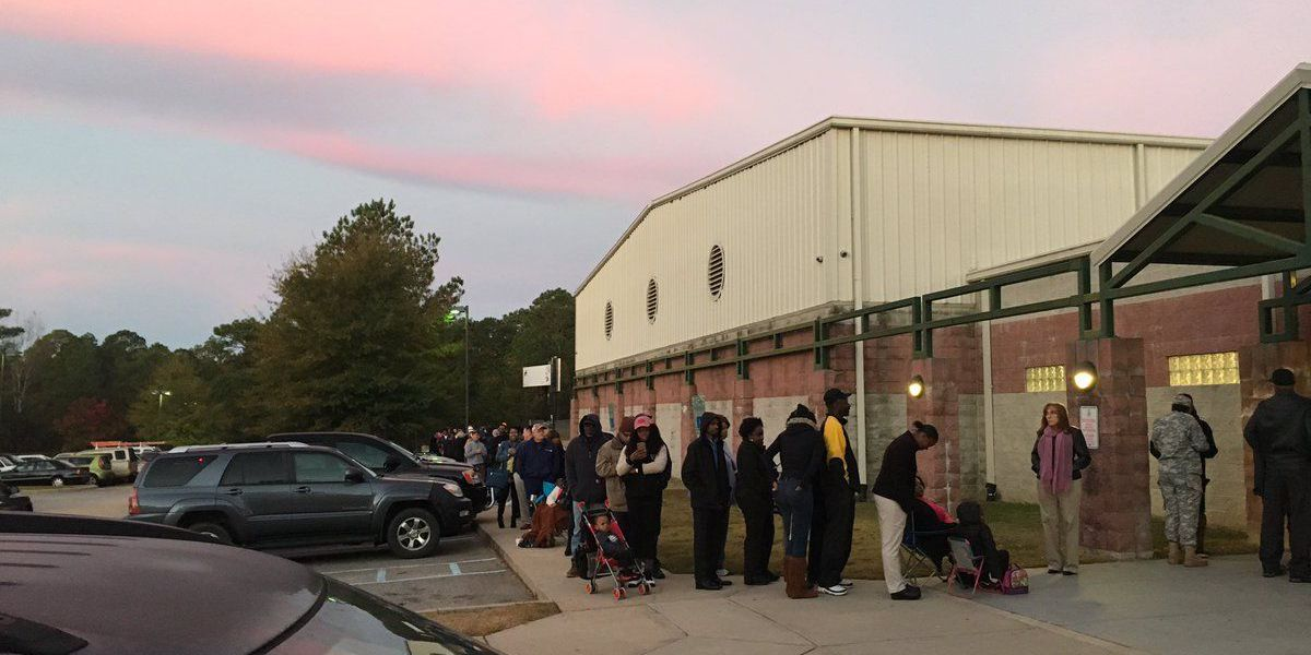 Long lines, sporadic problems at Midlands voting precincts