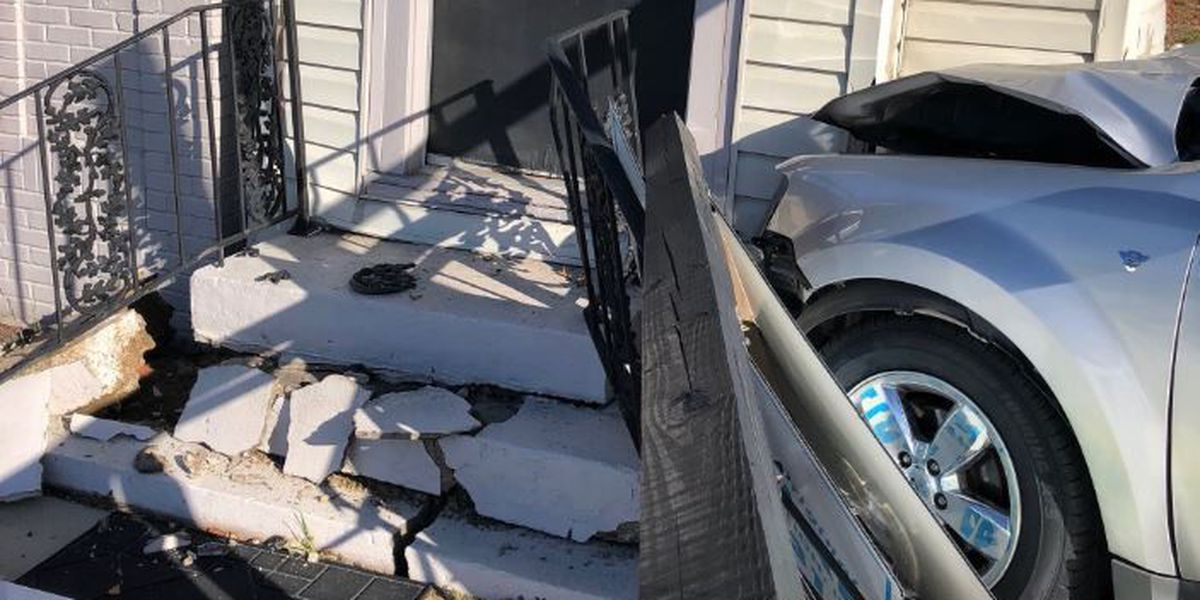 Police warn of traffic congestion after car crashes into Lexington home