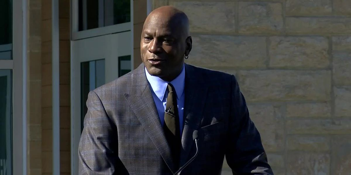 Michael Jordan gifts $10 million to Novant to open two medical clinics in New Hanover County