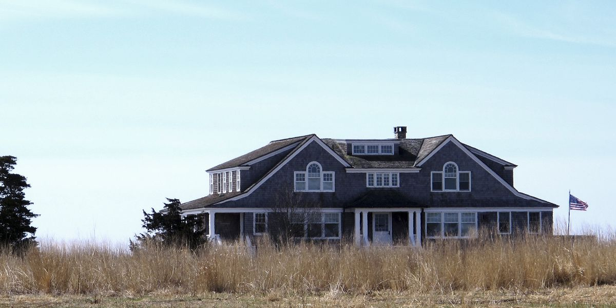 Plan would make multimillion-dollar mansions eligible for disaster aid