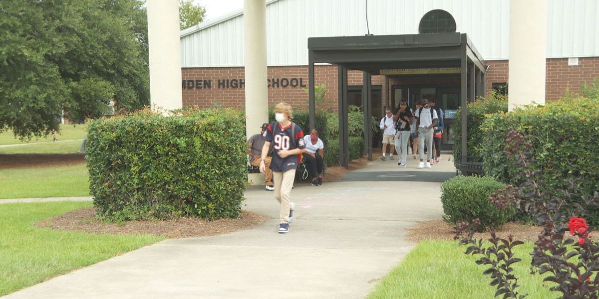 Students embrace return to in-person learning in Kershaw County with new structure