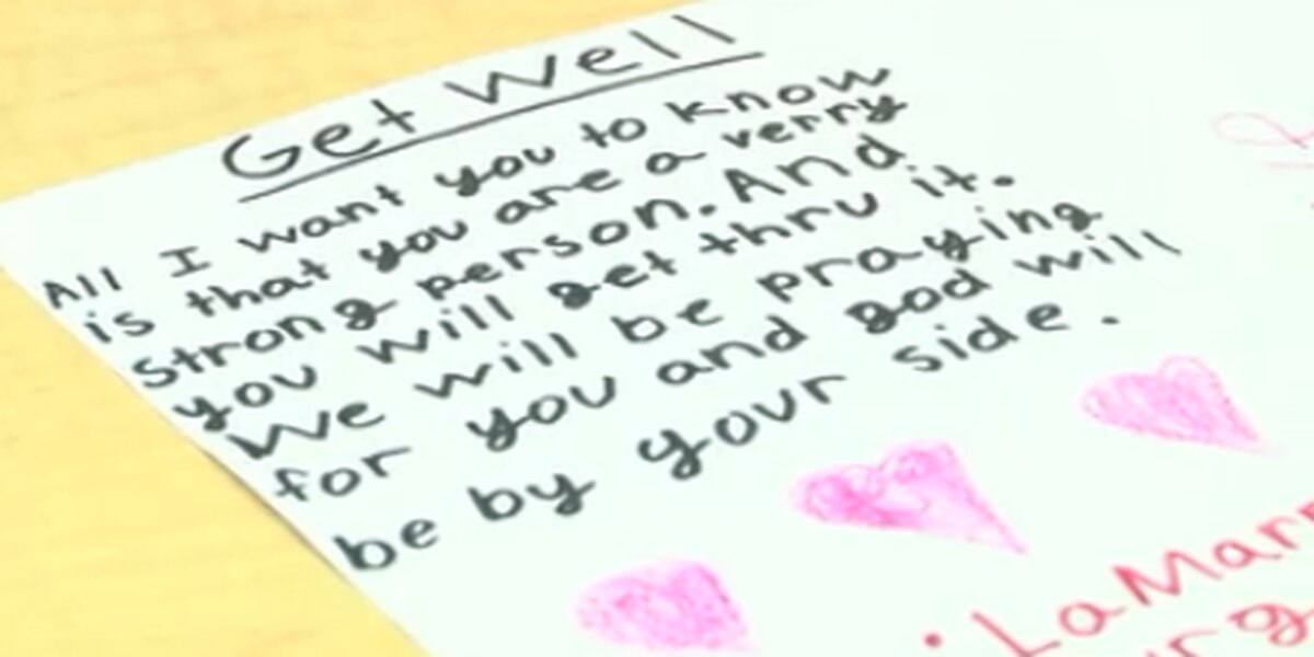 South Carolina middle school students craft sympathy cards for Amtrak-CSX collision victims