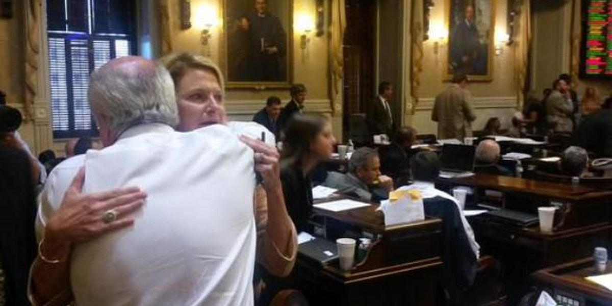 Rep. Jenny Horne's emotional plea on Confederate flag debate: 'The world is watching'