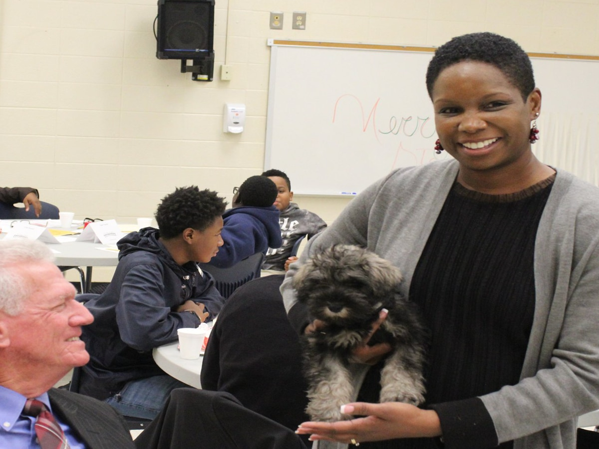 Therapy dog program brings love and support in Sumter middle school classroom