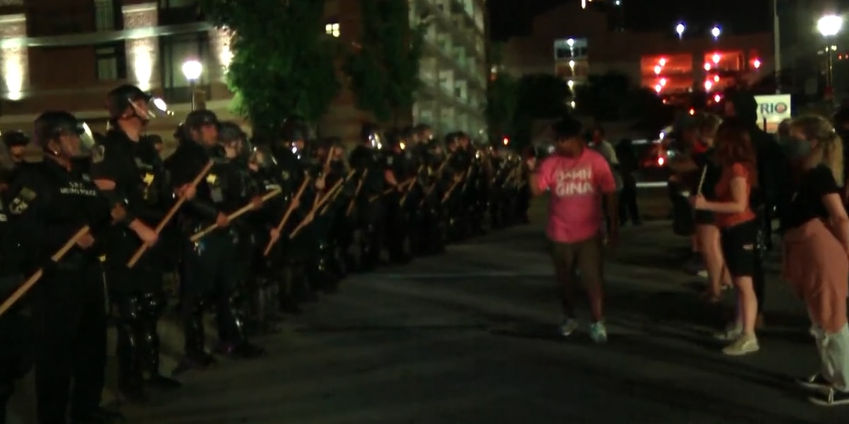 7 shot at Louisville protest over fatal police shooting