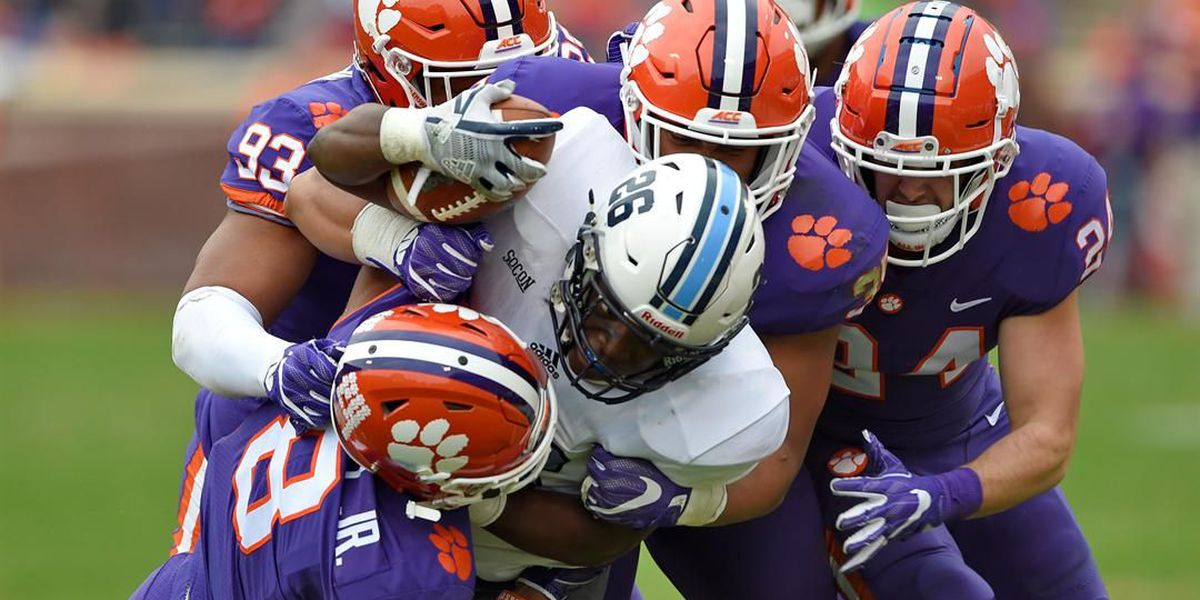 No. 4 Clemson stays in playoff hunt with 61-3 Citadel win
