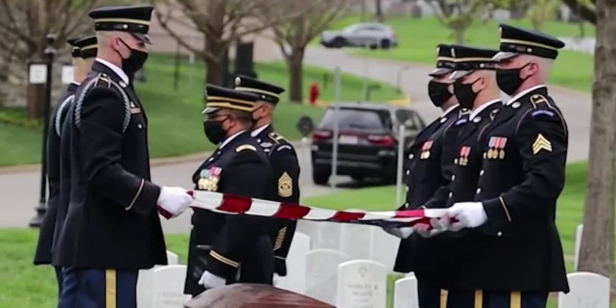 Arlington National Cemetery adjusts ceremonies to coronavirus