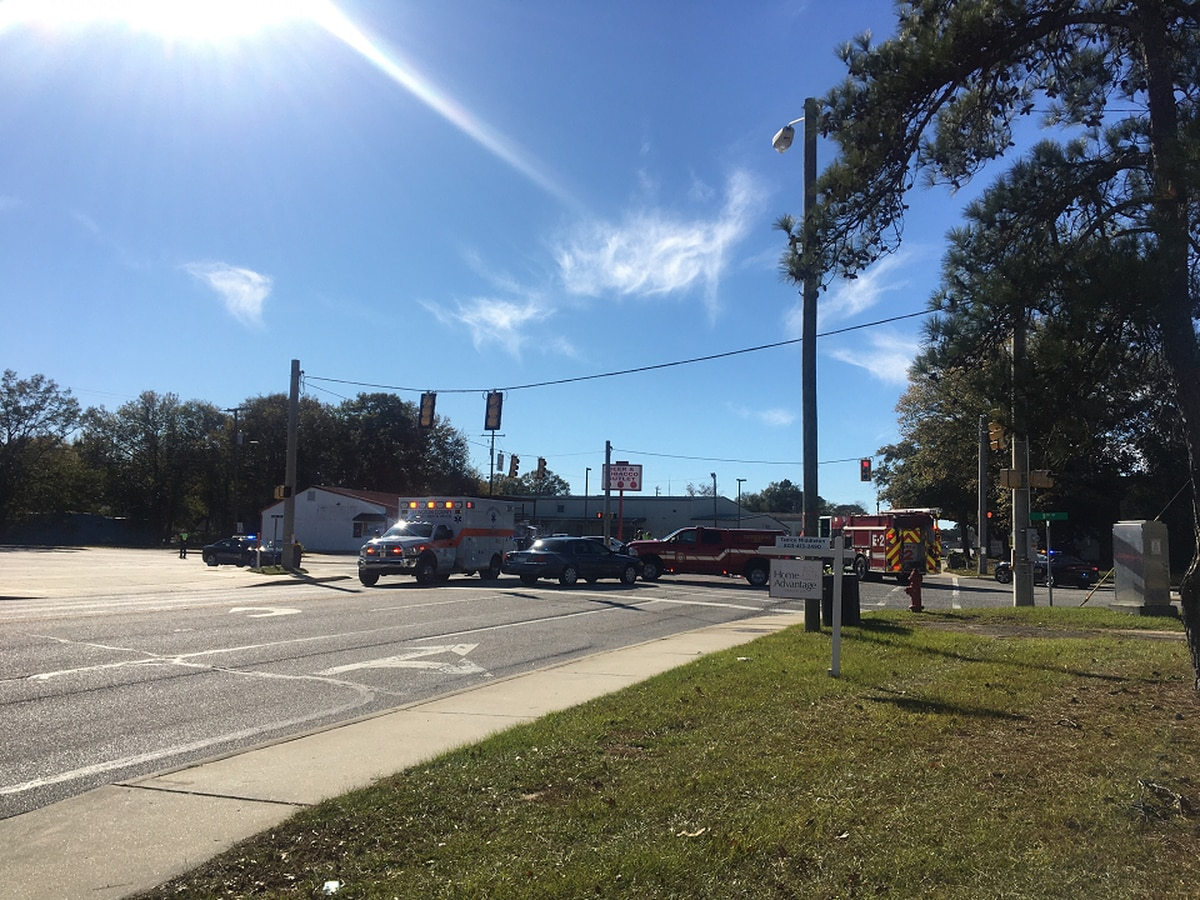 Bicyclist hit by vehicle in West Columbia, investigation underway