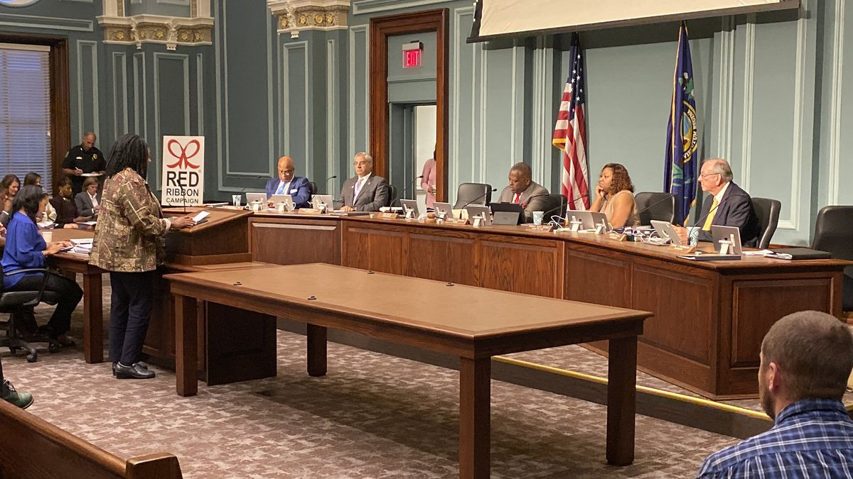 Columbia City Council approves Vacant Building Registry
