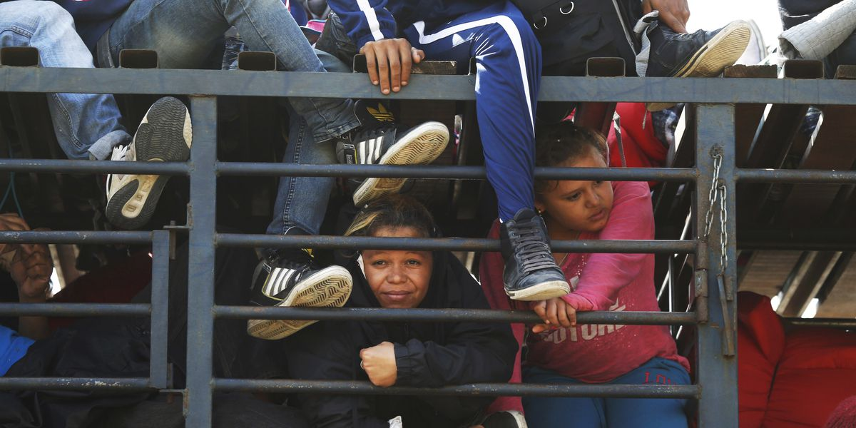 Migrant caravan moves on to central Mexico city of Irapuato
