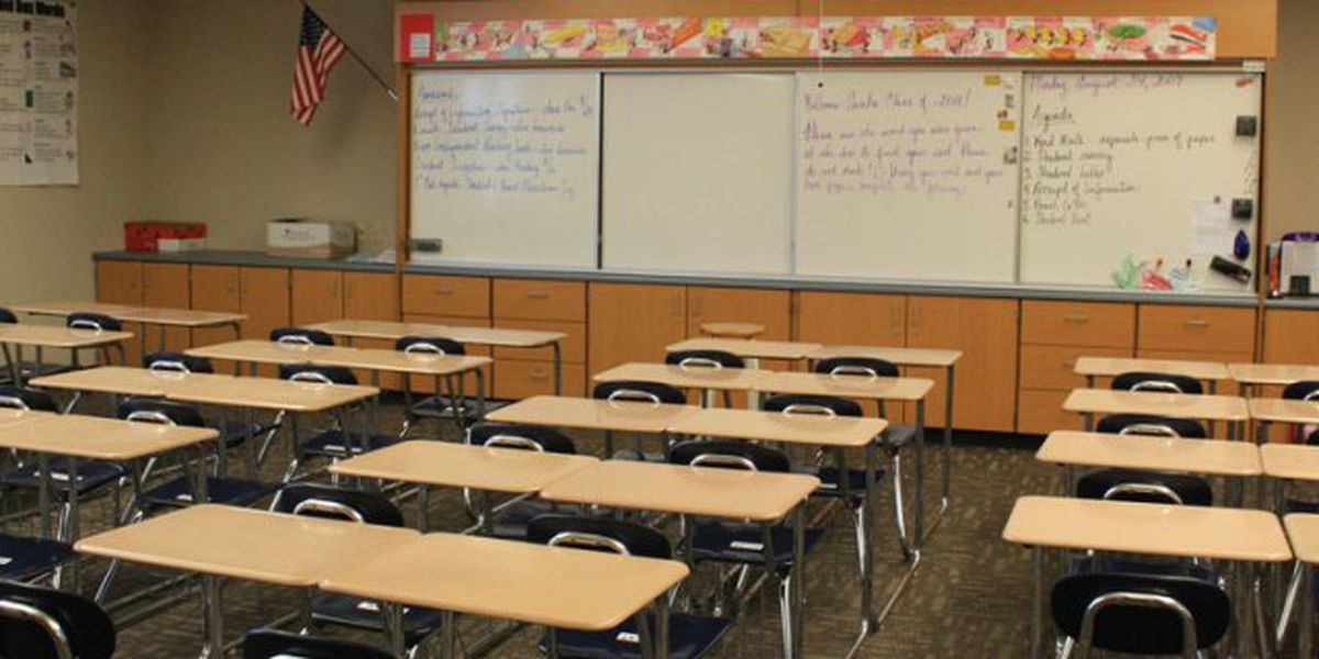 Lexington 2 looking to fill vacancies for substitute teachers