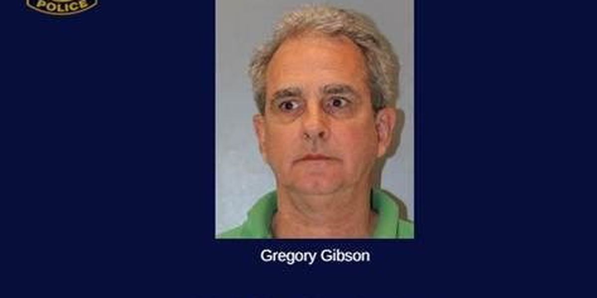 Jeweler charged with buying $149K in stolen jewelry without a permit